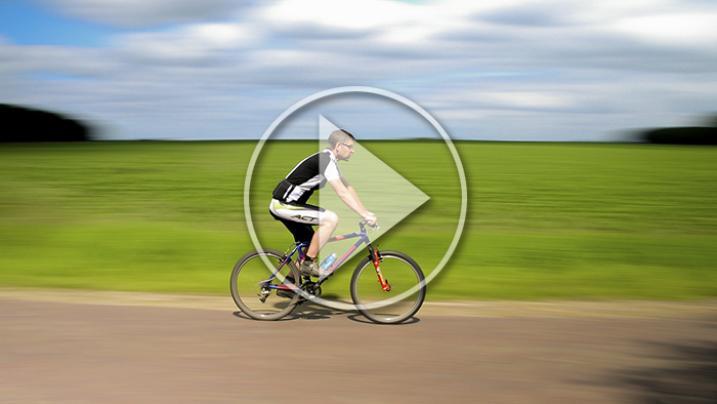 VIDEO - Ciclismo: due gravi e assurdi incidenti in allenamento