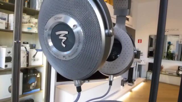 Auriculares transparentes prometen la mejor experiencia de escucha personal