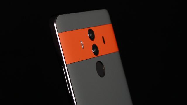 Huawei presenta su gigantesco Mate 10 Pro