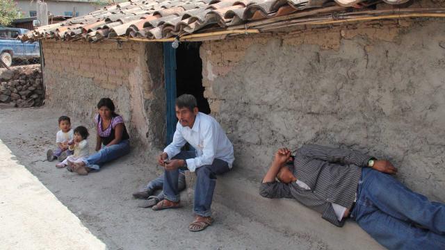 Vivir en la pobreza reduce la esperanza de vida por hasta dos años