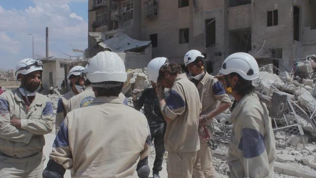 Ataque químico en Siria: los expertos al fin visitan el lugar de Douma