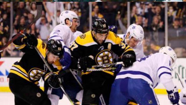 Los Bruins ganan un juego 7 de locura, para eliminar a los Maple Leafs