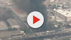Incêndio atinge barracão de escolas de samba no Rio de Janeiro