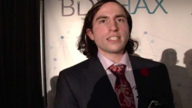 Biohacker Aaron Traywick encontrado muerto en un spa