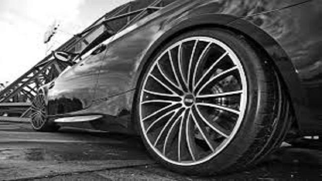 VÍDEO: Cuida tus neumáticos, hasta de un tornillo