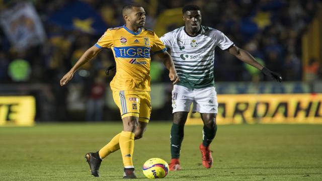 Los Tigres típicos de Tuca superan a Santos en ventaja de serie