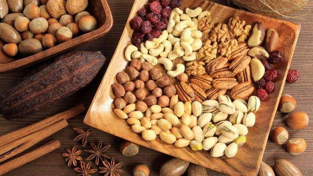 Los alimentos ligeros no ayudan a perder peso y son una fuente de inflamación