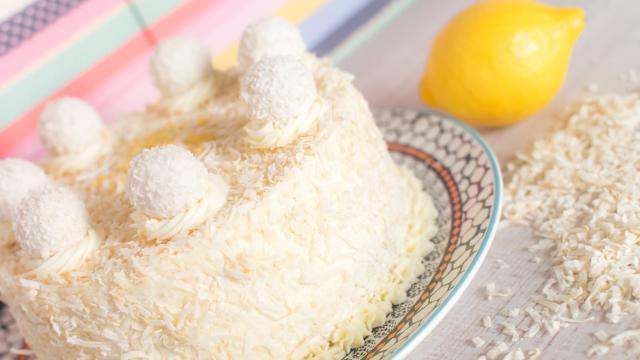 La receta de la tarta de limón, rica y facil de preparar