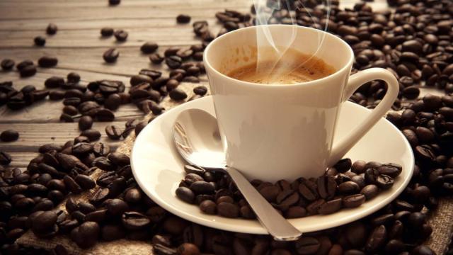 ¿Tiene una adicción a la cafeína?