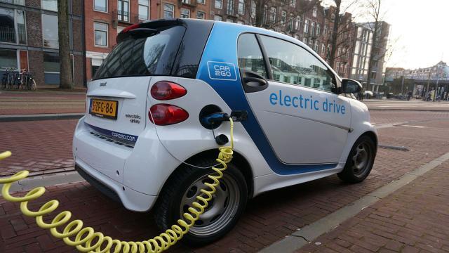 Un automóvil eléctrico puede contaminar más que un motor clásico