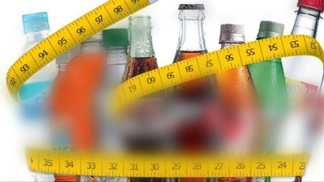 Las bebidas dietéticas y azucaradas dañarían el cerebro: por eso