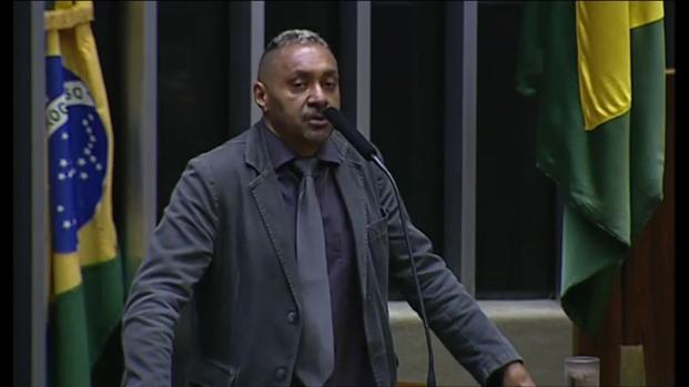 Inquérito contra Tiririca é retirado do STF