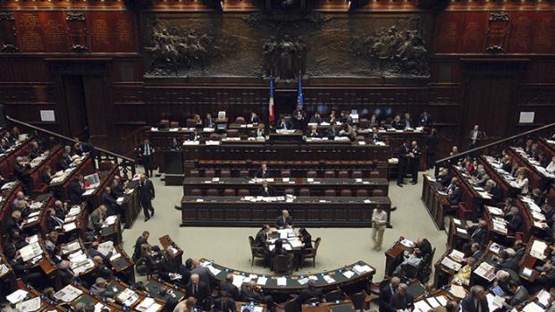 VIDEO - Mattarella: un governo neutrale, altrimenti al voto subito