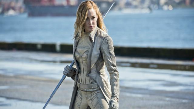 Caity Lotz ofrece a los Vengadores ayuda de las leyendas del mañana de DC