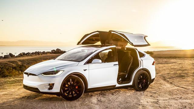 Tesla gana el premio AAA Green Vehículo superior
