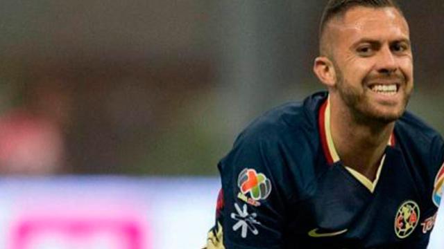 Jérémy Ménez abandona entrenamiento lesionado