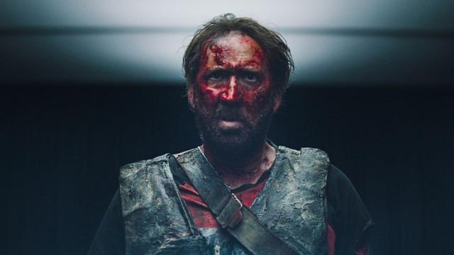 'Mandy' Hilarante viaje de terror de Nicolas Cage llega a Latinoamérica