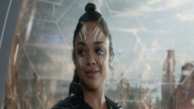 Thor: Ragnarok: Tessa Thompson aprueba el Cosplay de Valkyrie de este joven fan