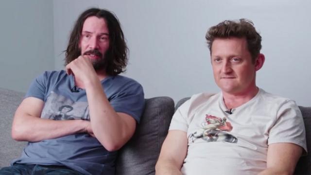 Keanu Reeves y Alex Winter se burlan de las guitarras de aire para Bill y Ted 3