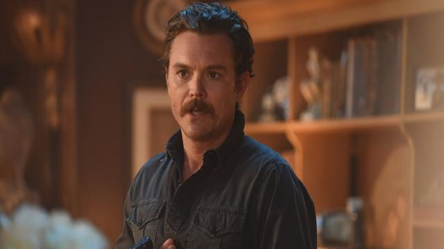 Después de peleas: Lethal Weapon dispara al actor principal Clayne Crawford