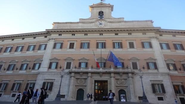 Governo, toto-nomi possibili premier e incarichi di Di Maio e Salvini, news 11/5