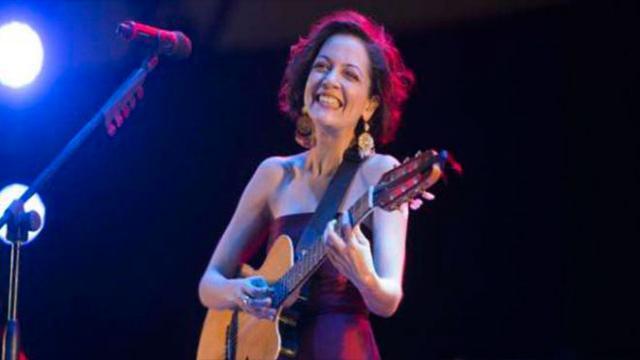 Natalia Lafourcade abre una fecha más en el Teatro Metropólitan