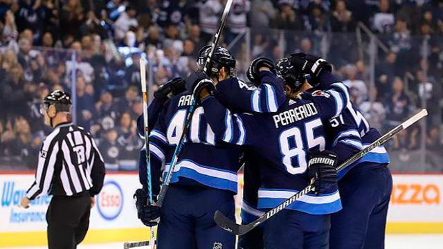 Winnipeg se lleva el juego 1 de la final del Oeste contra Las Vegas