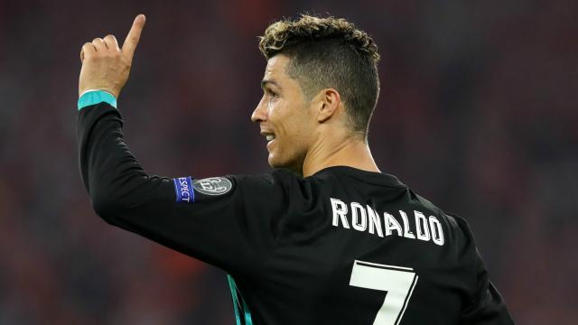 Cristiano Ronaldo tape sur la table pour ces cinq joueurs !