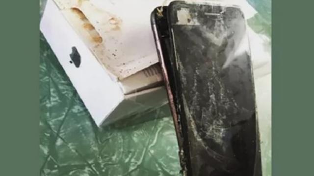 iPhone prende improvvisamente fuoco ed esplode: ecco i dettagli