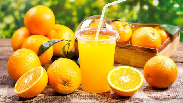 Receta: Gelatinas y jugo de naranja