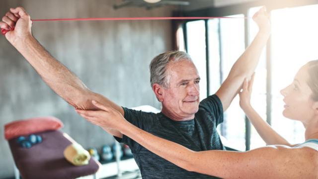 Cómo fortalecer los huesos: lo que puede hacer