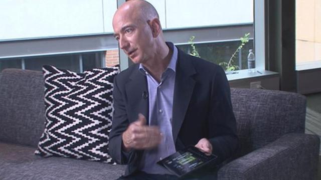 Jeff Bezos es cuestionado por querer explorar el espacio