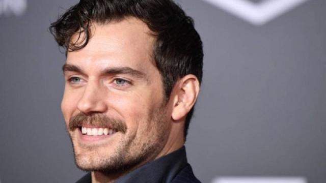 El bigote de Henry no es lo único de DCEU:imposible tener en común