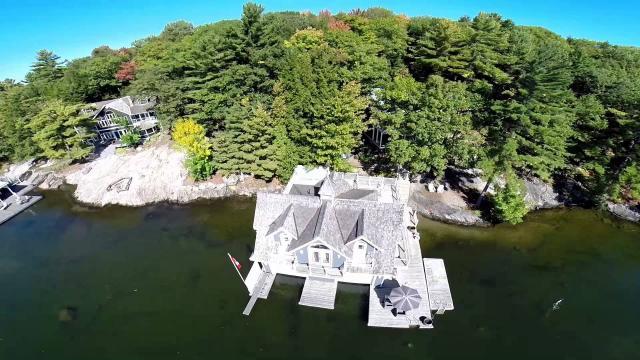 En el lago de Muskoka, hay un nuevo sonido de verano