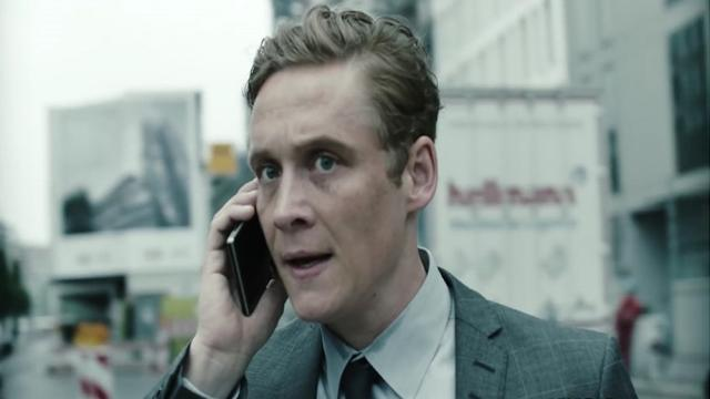 'You Are Wanted' Un supervillano ingresa a la serie