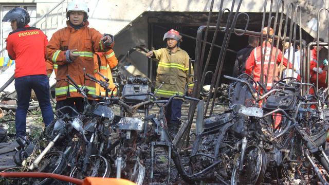 Tres familias fueron responsables de los atentados en Surabaya