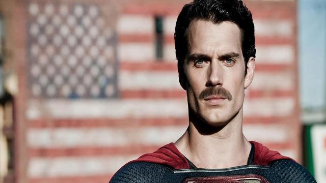 'Justice League' Cavill: El bigote ha causado reacciones desfavorables