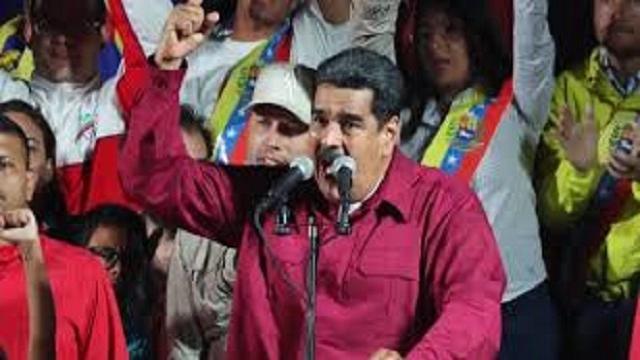 VÍDEO: Entre abstención y acusación de fraude Maduro fue reelecto!