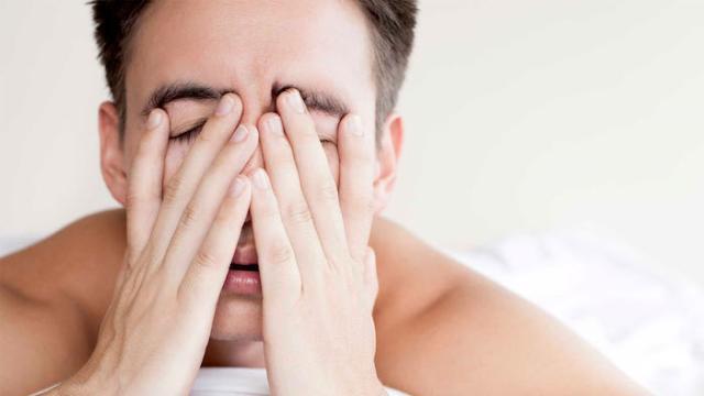 Síntomas de ataque de pánico: náuseas y escalofríos