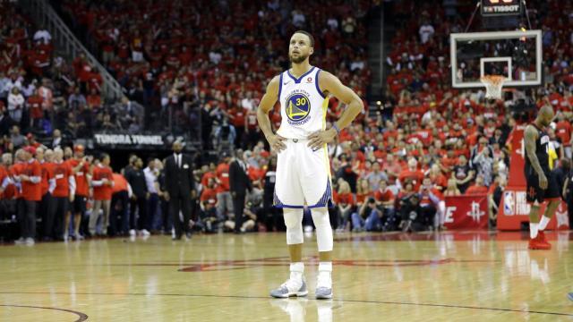 Los Warriors y Stephen Curry se están convirtiendo en el equipo más odiado