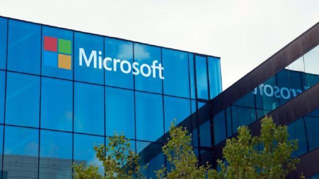 Microsoft lanza Remote Assist y Layout aplicaciones de realidad mixta