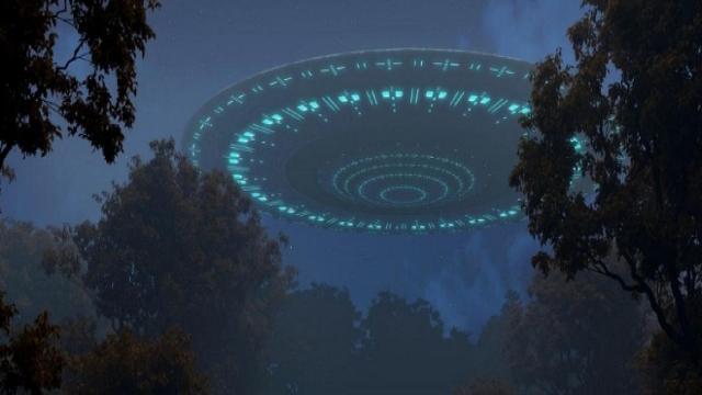 Filmato della ISS, si tratta di un UFO?