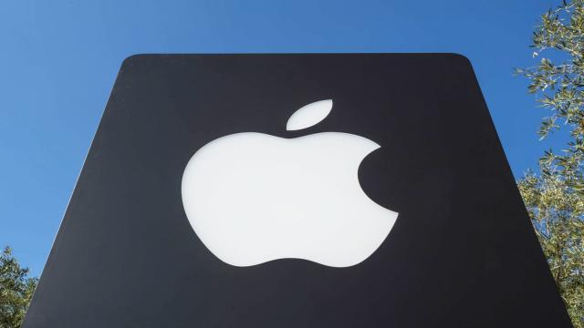 Apple enfrenta 2 demandas por defectos de teclado de MacBook
