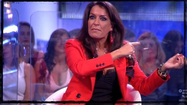 GF 15, rivelazione choc di Aida in diretta: 'Non ho le mutande', gelo in studio