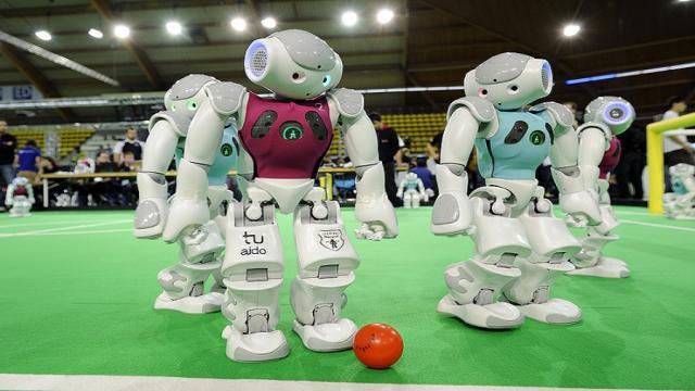 RoboCup German Open: Nueva ética de trabajo, césped artificial y otros desafíos