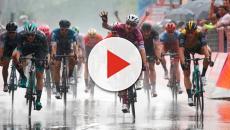 Elia Viviani cala il poker al Giro d'Italia
