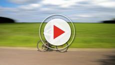 VIDEO - Giro d'Italia: cambia il podio, a Cervinia vince Nieve