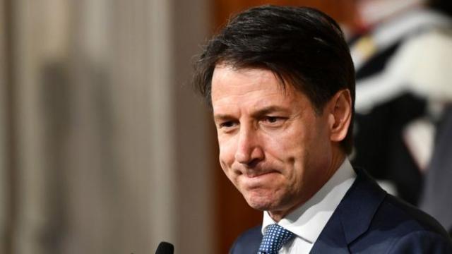 El primer ministro de Italia defendió la desacreditada terapia con células madre