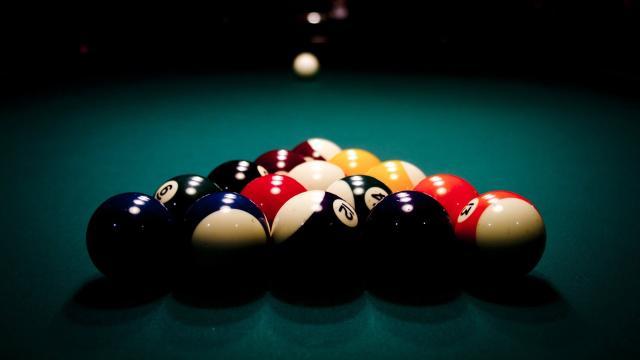 Pool en tu iPhone es mejor cuando se parece más a un videojuego