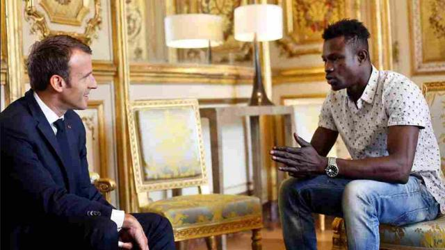 Paris 'Spider-Man:' Undocumented migrant saves small child